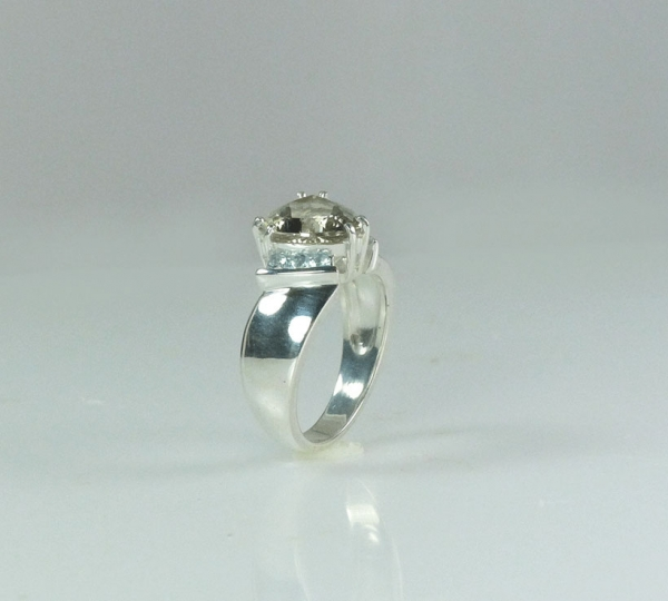 Unisex Engagement Ring