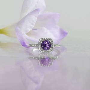Custom Birthstone Ring
