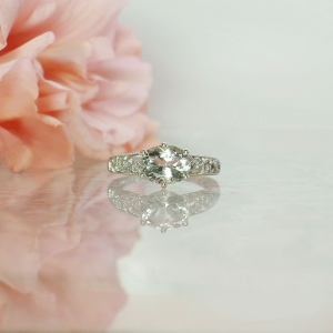 Unique Oval Ring
