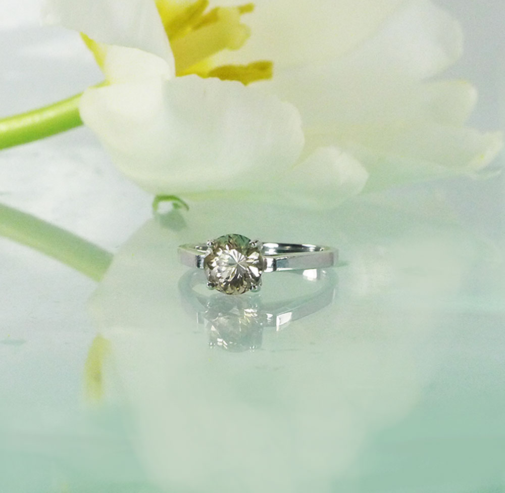 Champagne herkimer ring