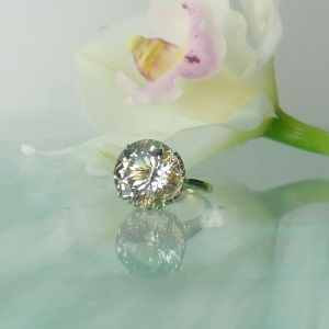 Large herkimer diamond gold ring