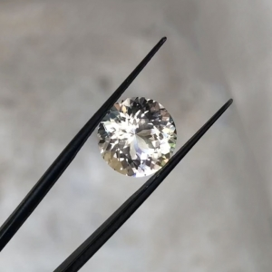Light smokey round herkimer diamond