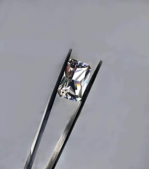 Scissor Cut Herkimer