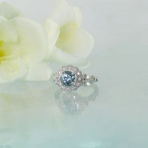Antique Style Aquamarine Ring