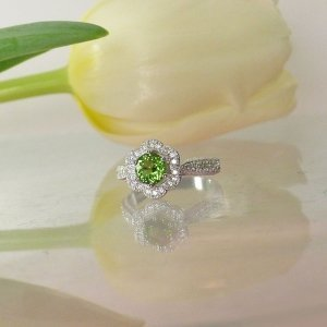 Green Tourmaline Flower Ring