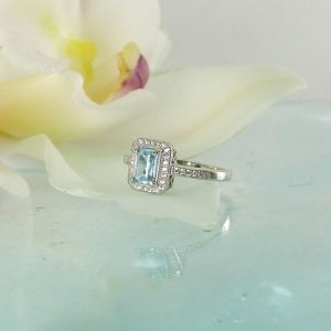 Maine Aquamarine Halo Ring