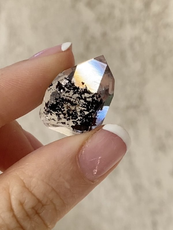 Jewelry grade herkimer point