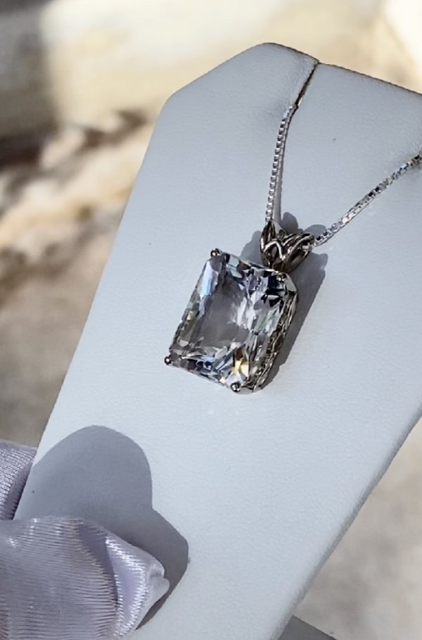 Radiant cut herkimer pendant