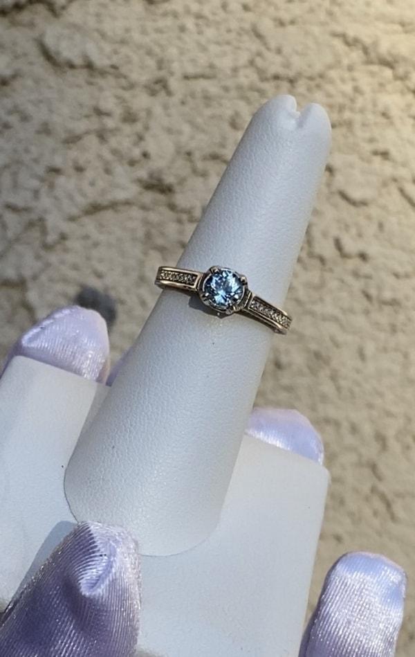 Aquamarine round ring