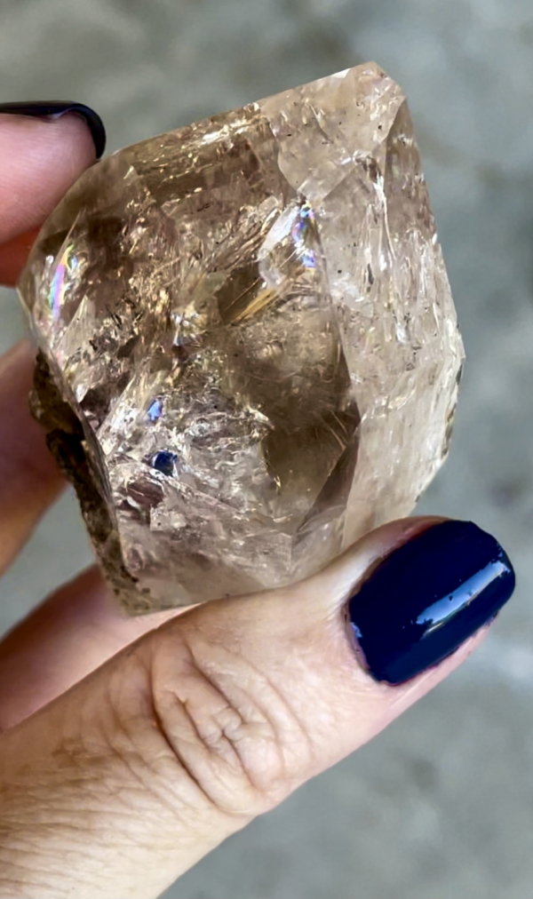 Rainbow herkimer double terminated point